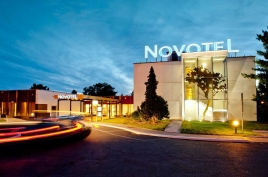 Breslau Novotel City ext